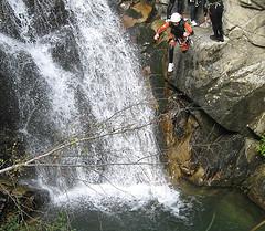 fall-canyoning